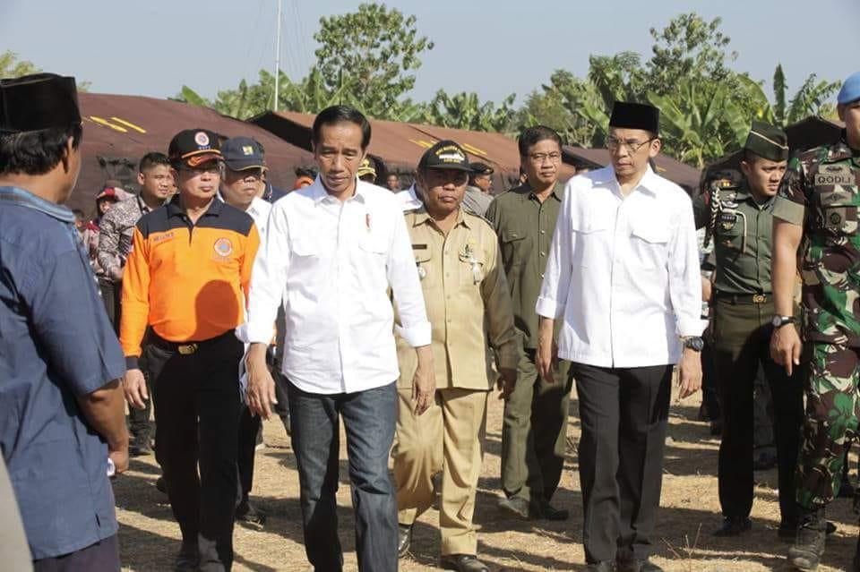https://stichtingvlok.nl/wp-content/uploads/2018/08/1.De-president-op-bezoek-Noord-Oost-Lombok.jpg